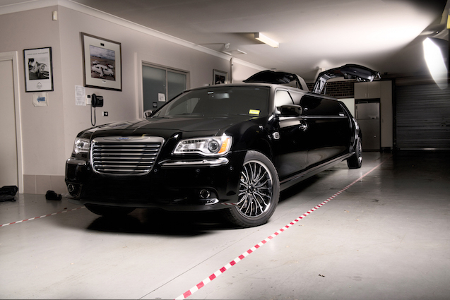 Chrysler Stretch Limousine (Black) New Model